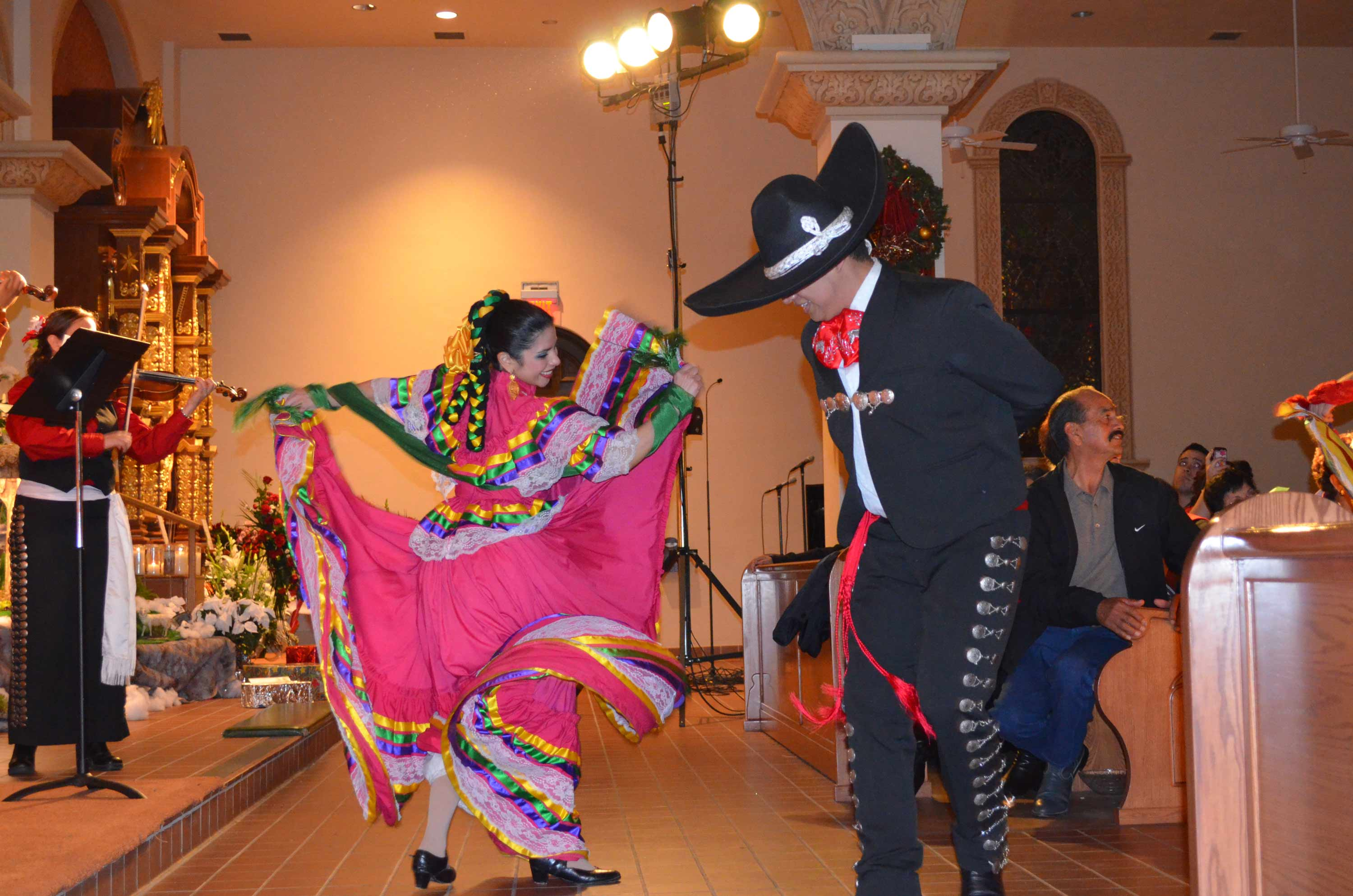 Displaying 20> Images For - Ballet Folklorico Dresses