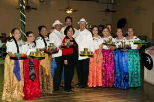 Ballet Folklorico La Paloma members with Los Tucsonenses founder Dr. Rafaela Santa Cruz.