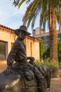 Cowboy-statue-DT_DSC4040-sw-dba