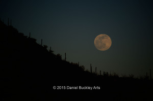 Moon-over-hill-dark_DSC8508-sw-dba